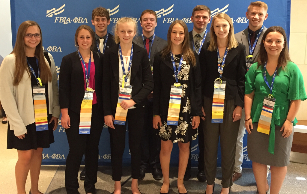 FBLA Students at NLC in San Antonio