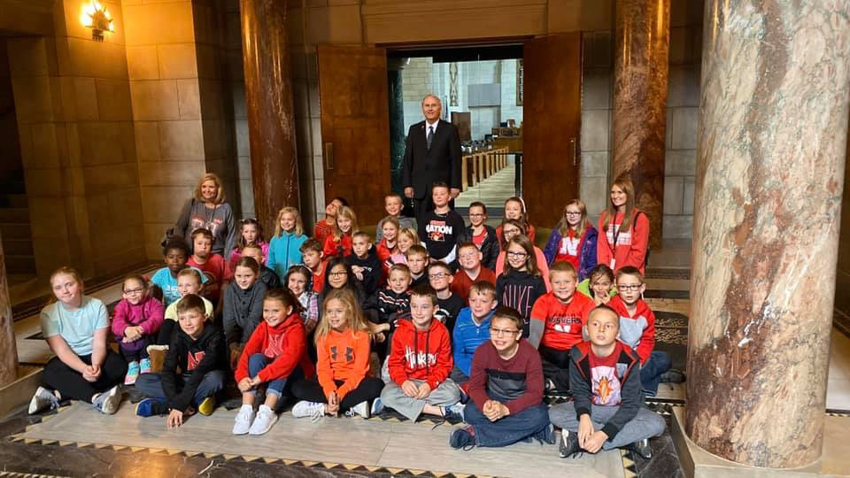 Senator Clements and Fourth Graders outside the Unicameral. Nebraska is the only state government to have a unicameral government.